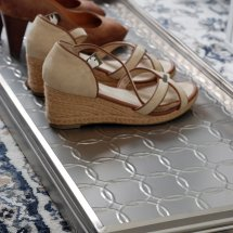 Boot tray with circles in silver by Calibo.