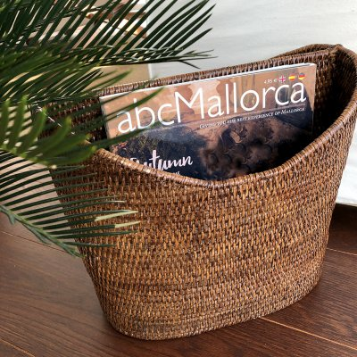 Magazine holder rattan by Baolgi.