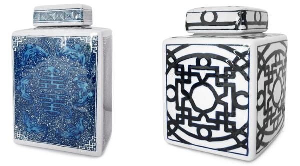 Kinesiska urnor med lock i blåvit porslin